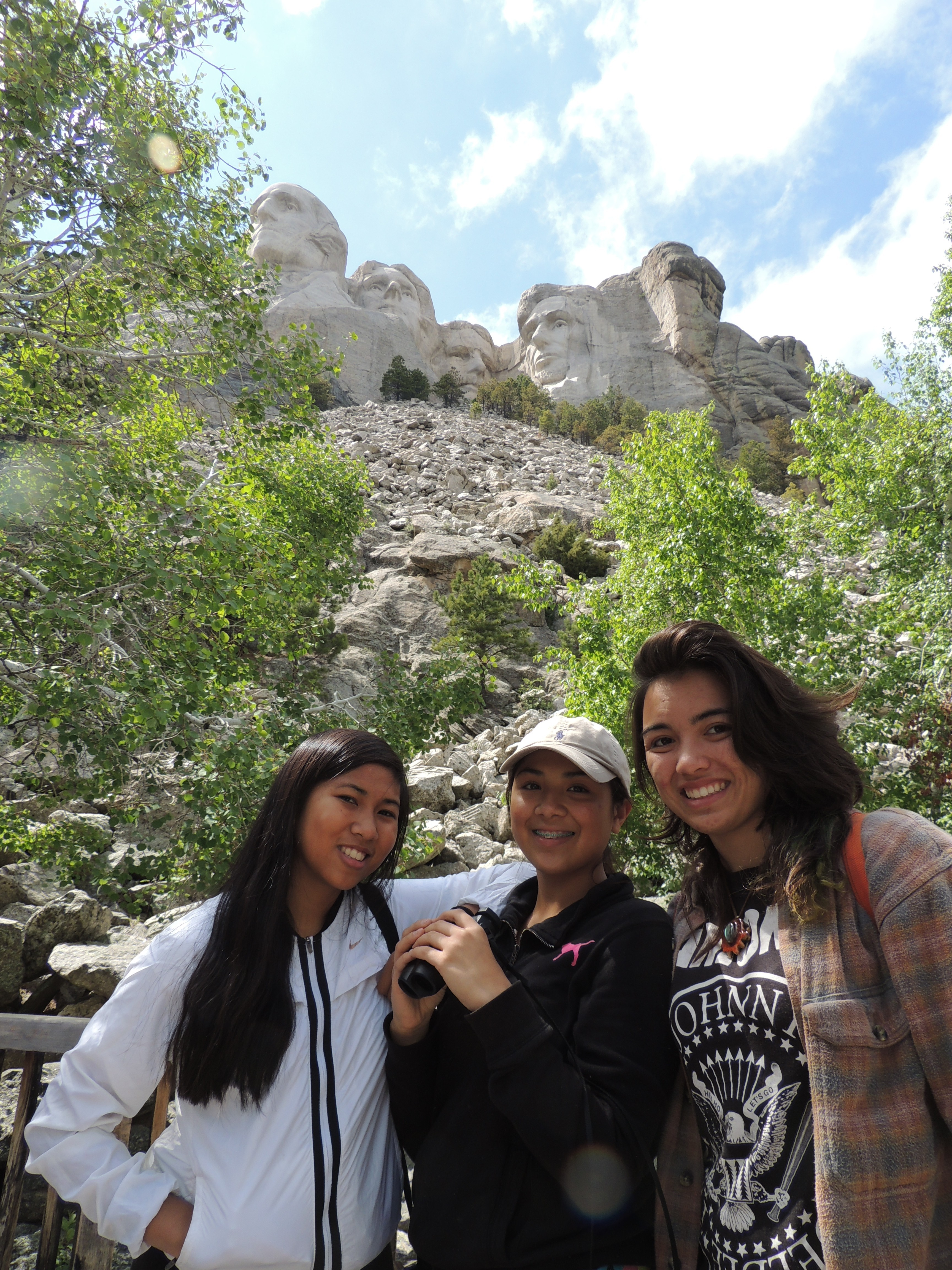 Gavrielle Thompson '15 (right) visits Rushmore Monument with fellow Kiva Service Learning Project student-leaders.